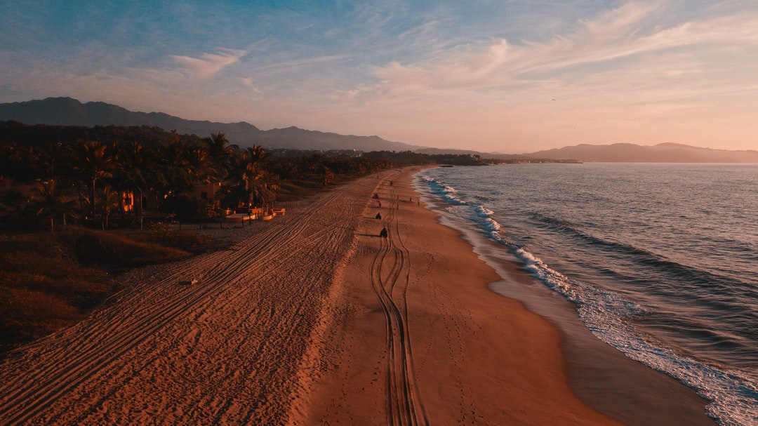 This is a small beach near la peñita de jaltemba in Nayarit, México. I love to come here cause is really lonely and you can have the ocean for youself, even tho the ocean its a bit tricky donw here. Watch more pics about my travels on my instagram www.intagram.com/alexjumper_ @Alexjumper_