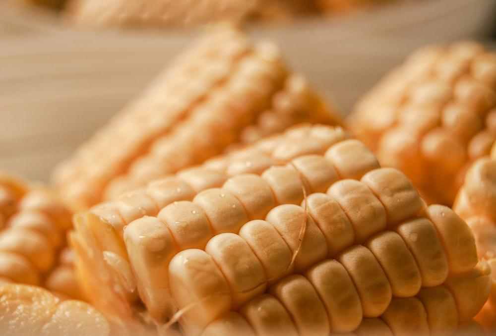 bunch of sliced corn