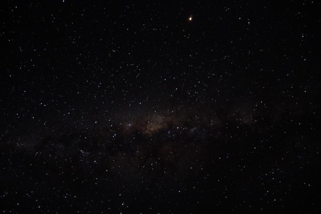 Звёздное небо и космос в картинках - Страница 2 Photo-1535007726788-fed8106a64cd?ixid=MnwxMjA3fDB8MHxwaG90by1wYWdlfHx8fGVufDB8fHx8&ixlib=rb-1.2