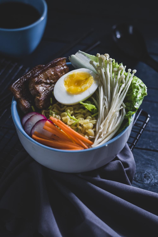 ramen in bowl