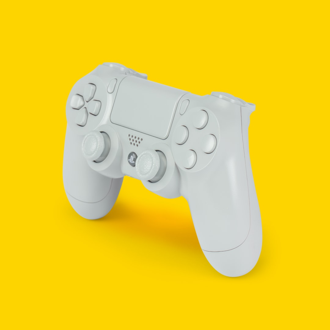 white PS4 dualshock 4