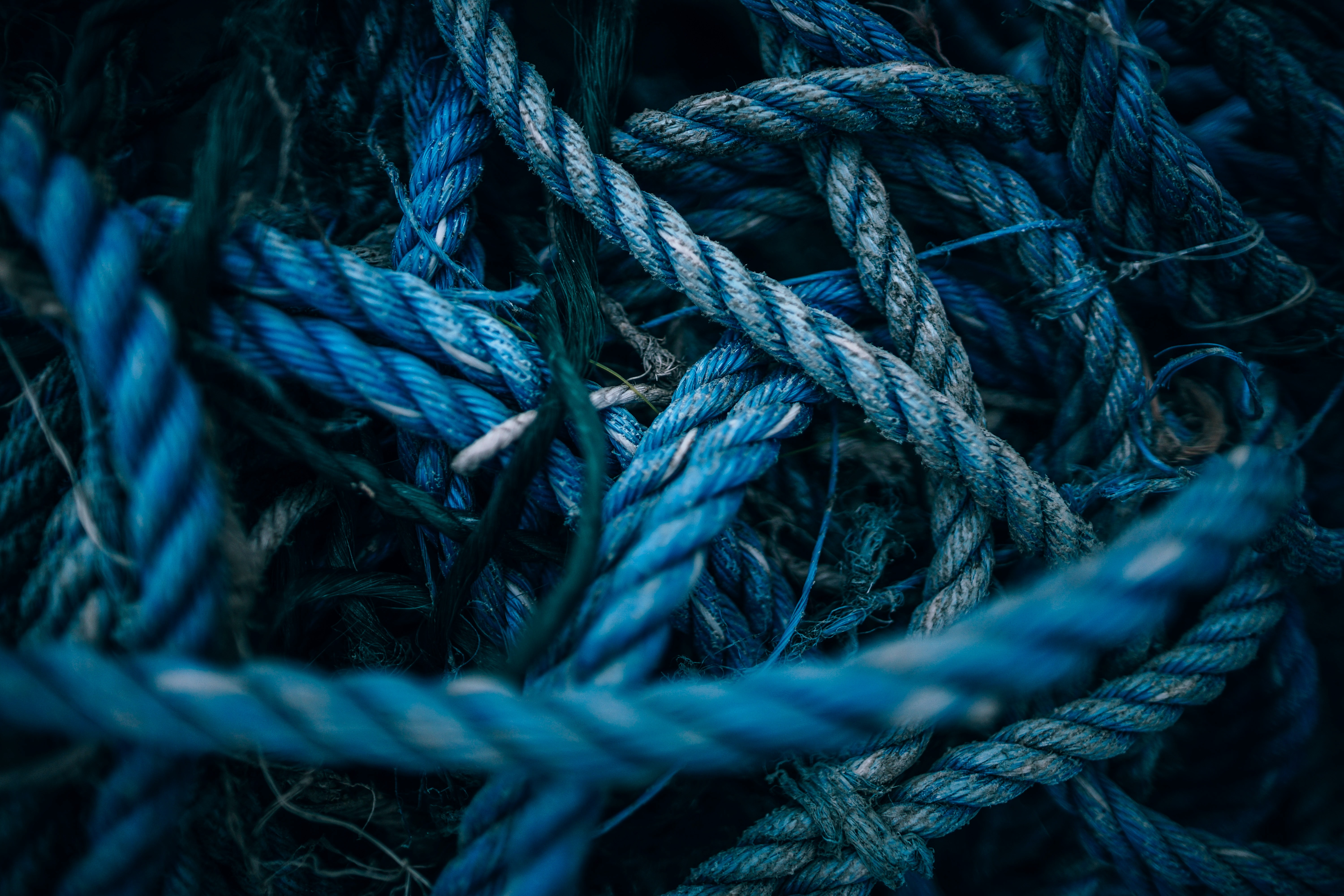 blue twisted rope