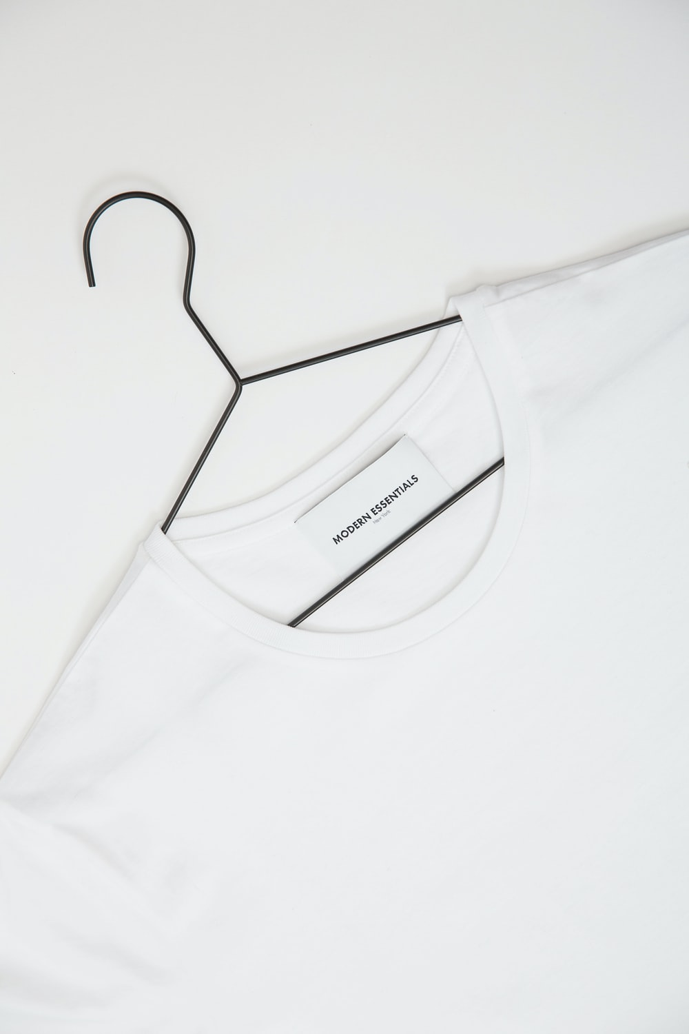 台北團體服製作  white Modern Essentials crew-neck shirt
