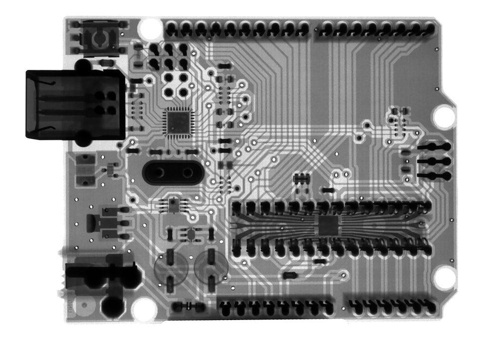 gray and black computer motherboard
