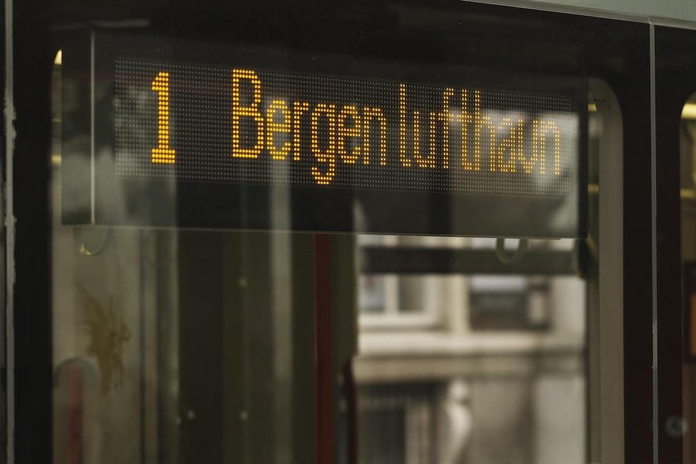 1 Bergen Lufthan signage