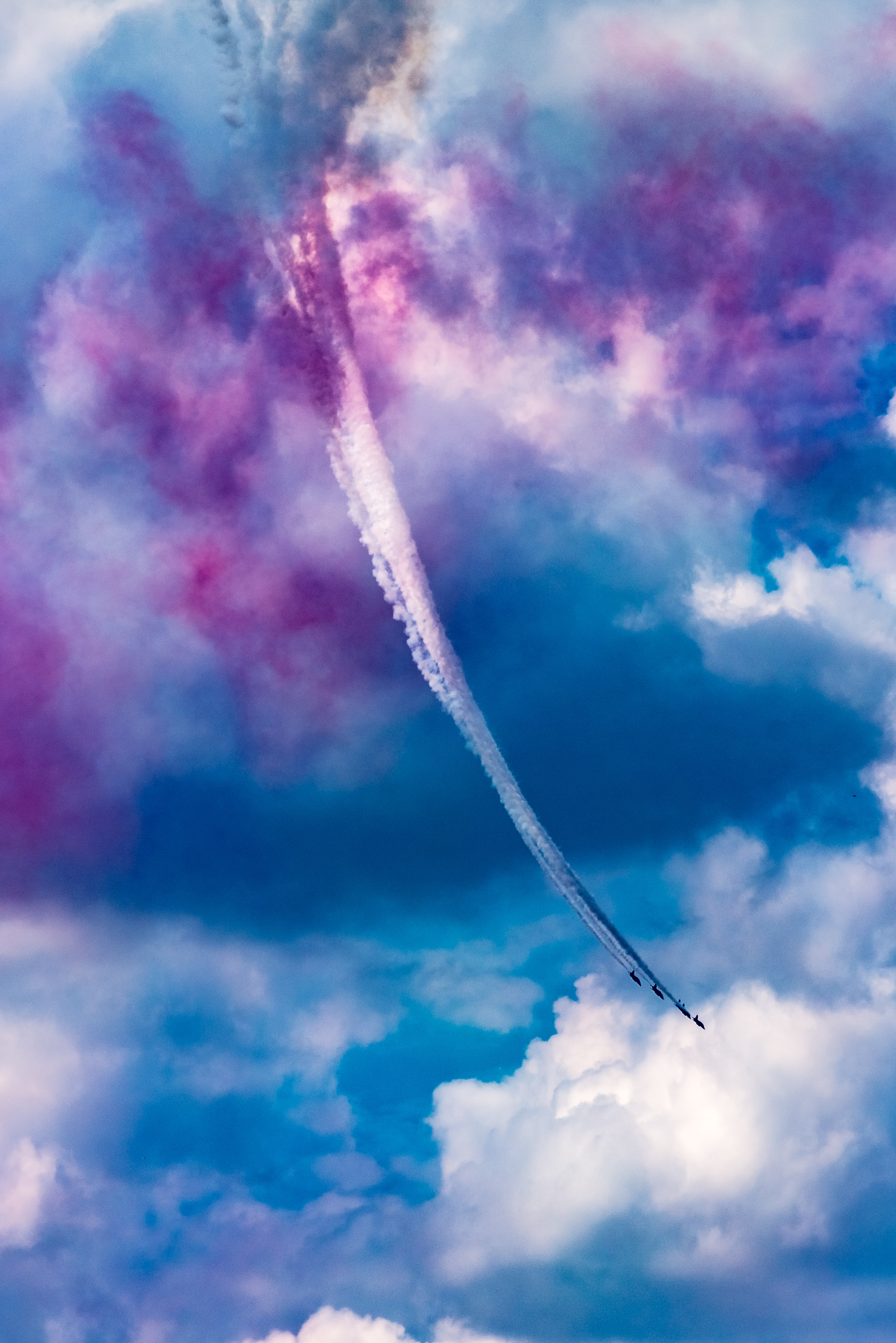 low angle view of air contrail