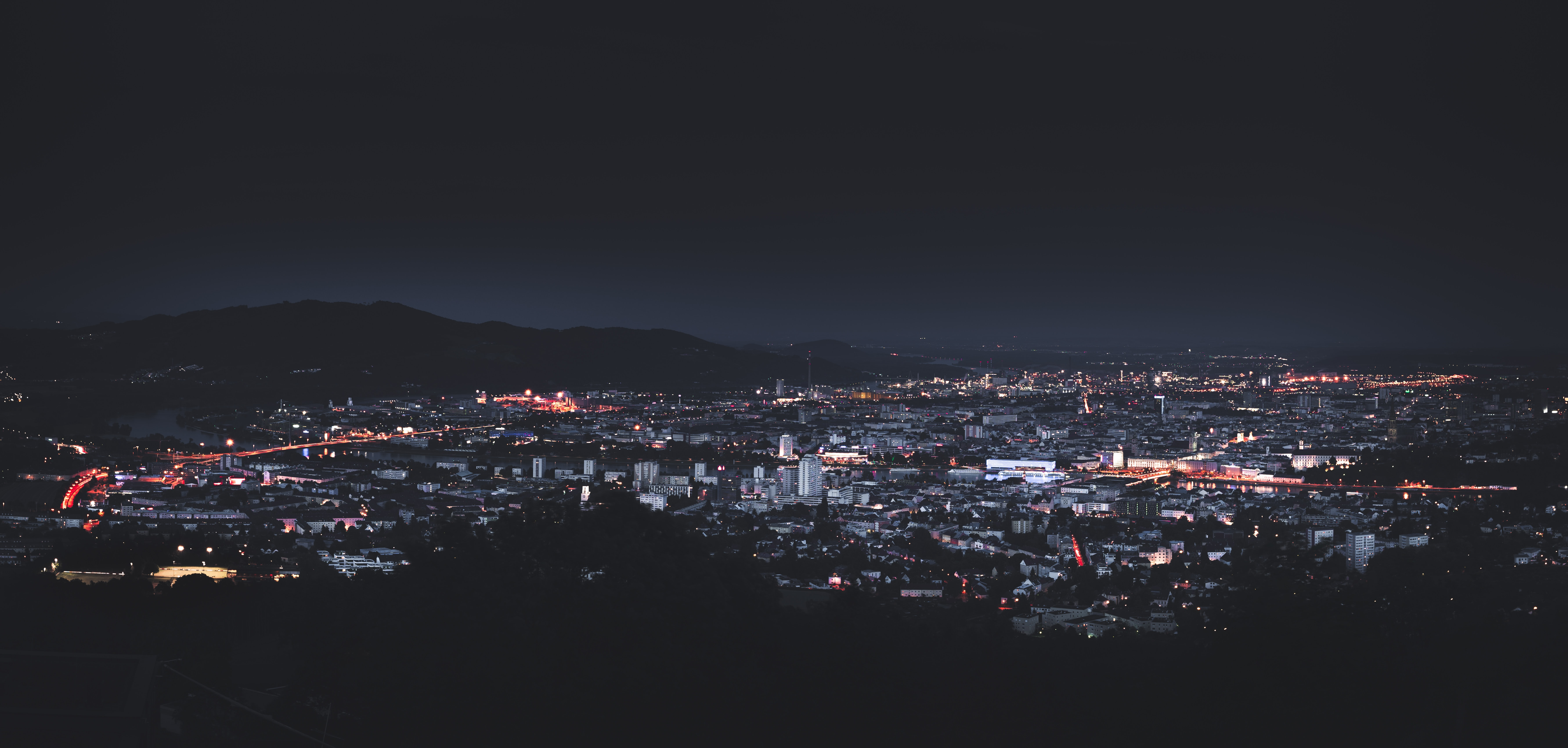 city skyline photography during nighttime