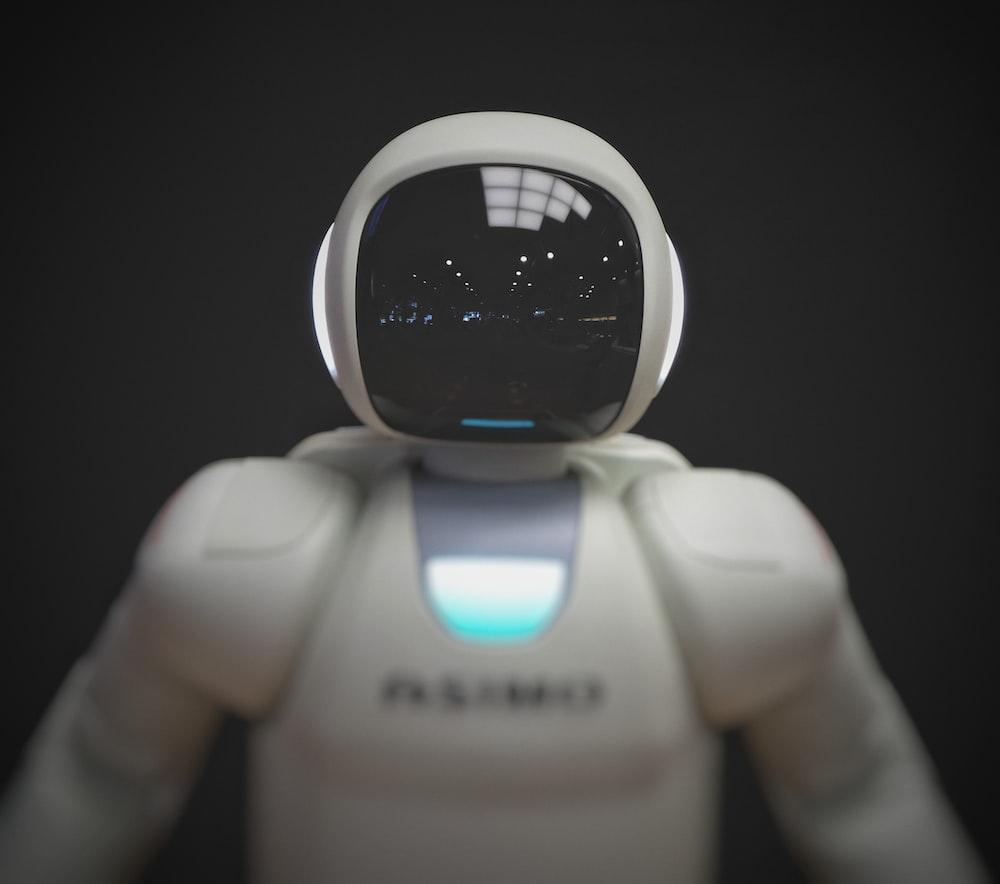 illegális kereset a hálózaton legjobb robotok a bináris opciókhoz