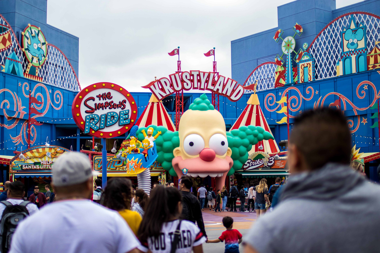 The Simpsons Ride facade