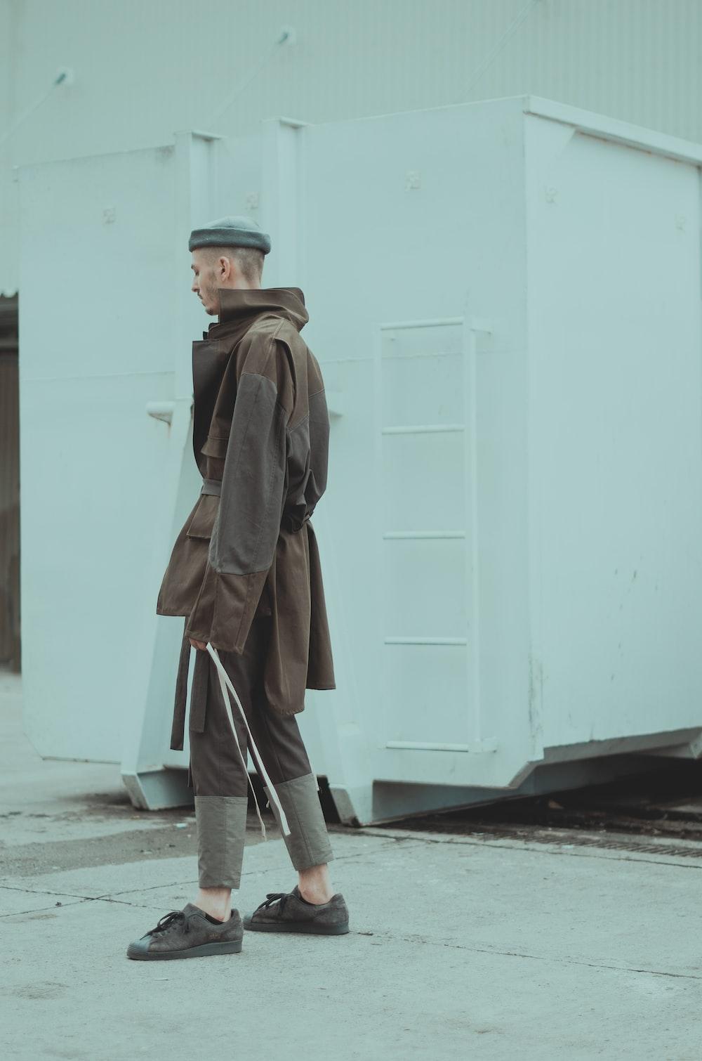 men's brown coat