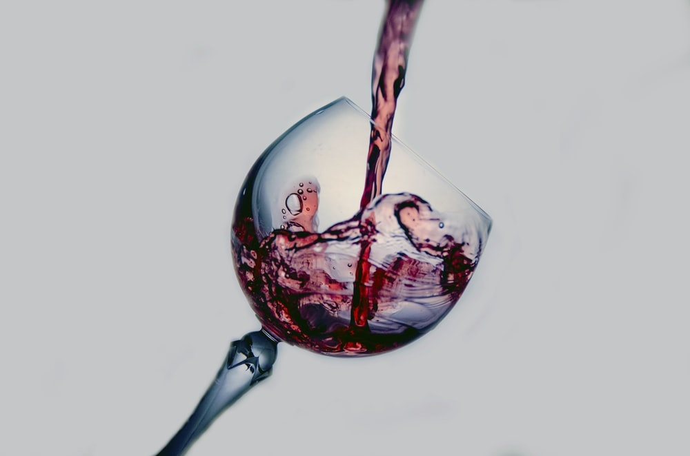 red wine digital wallpaper