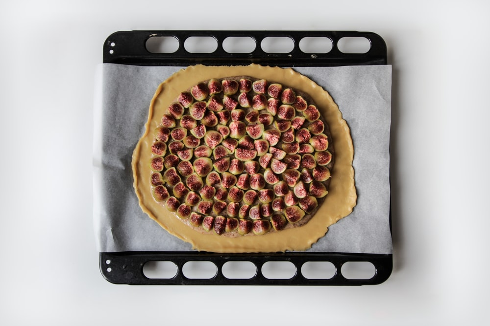 brown pizza illustration