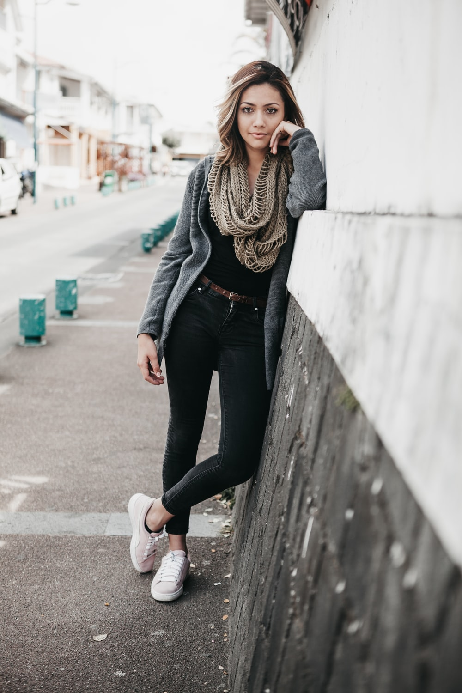women's brown infinity scarf