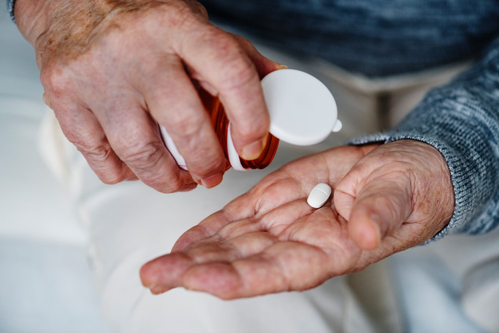 oval white medication pill