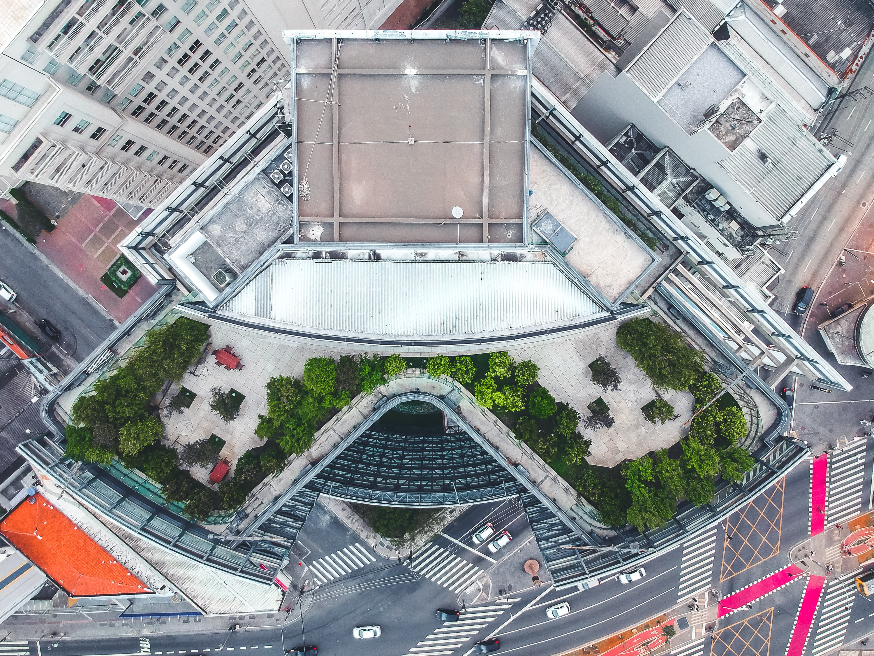 birds-eye photography of gray and white concrete building