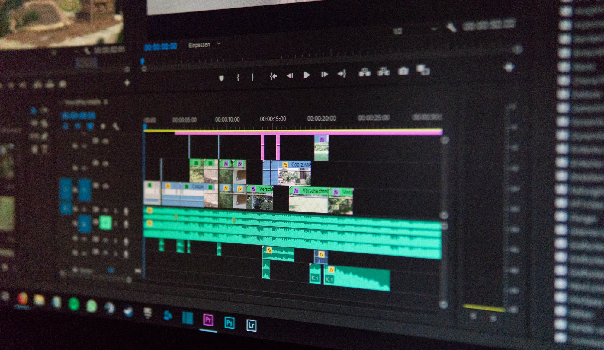 3 Reasons To Outsource Your Video Editing