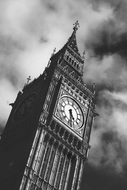 grayscale photo of Big Ben