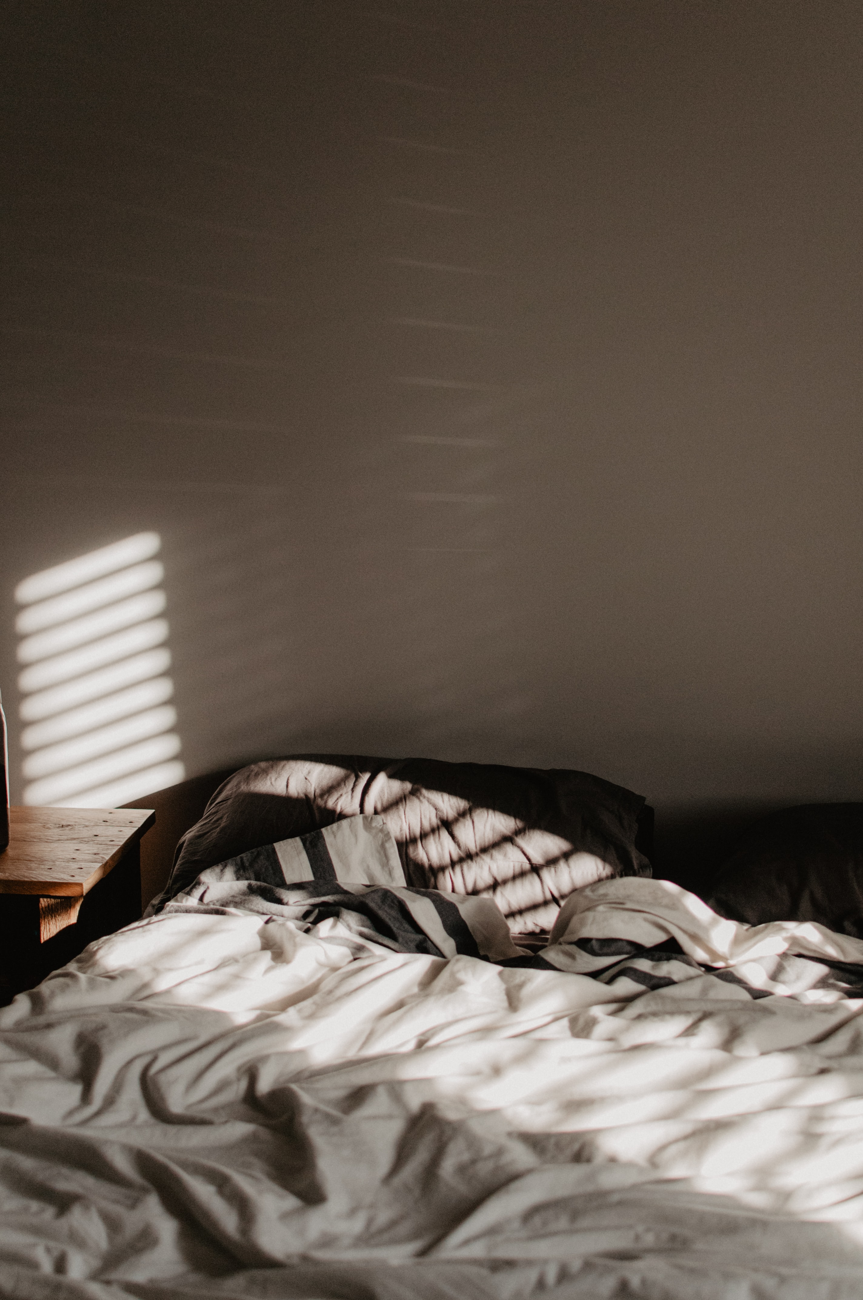 sunlight inside bed