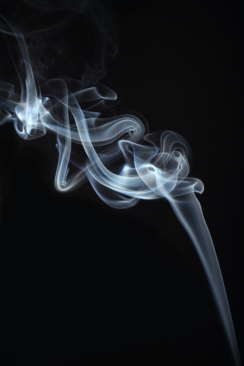 Black and white smoke pictures download free images on unsplash