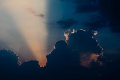 1908. Az ég