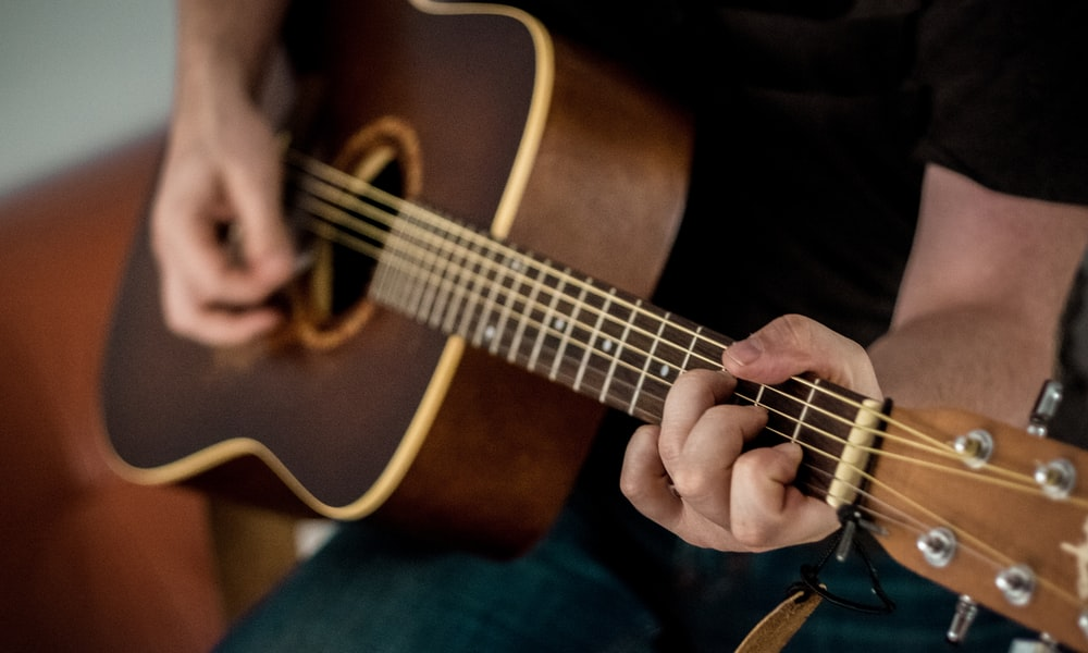 Private Music Lessons for Stringed and Keyboard Instruments