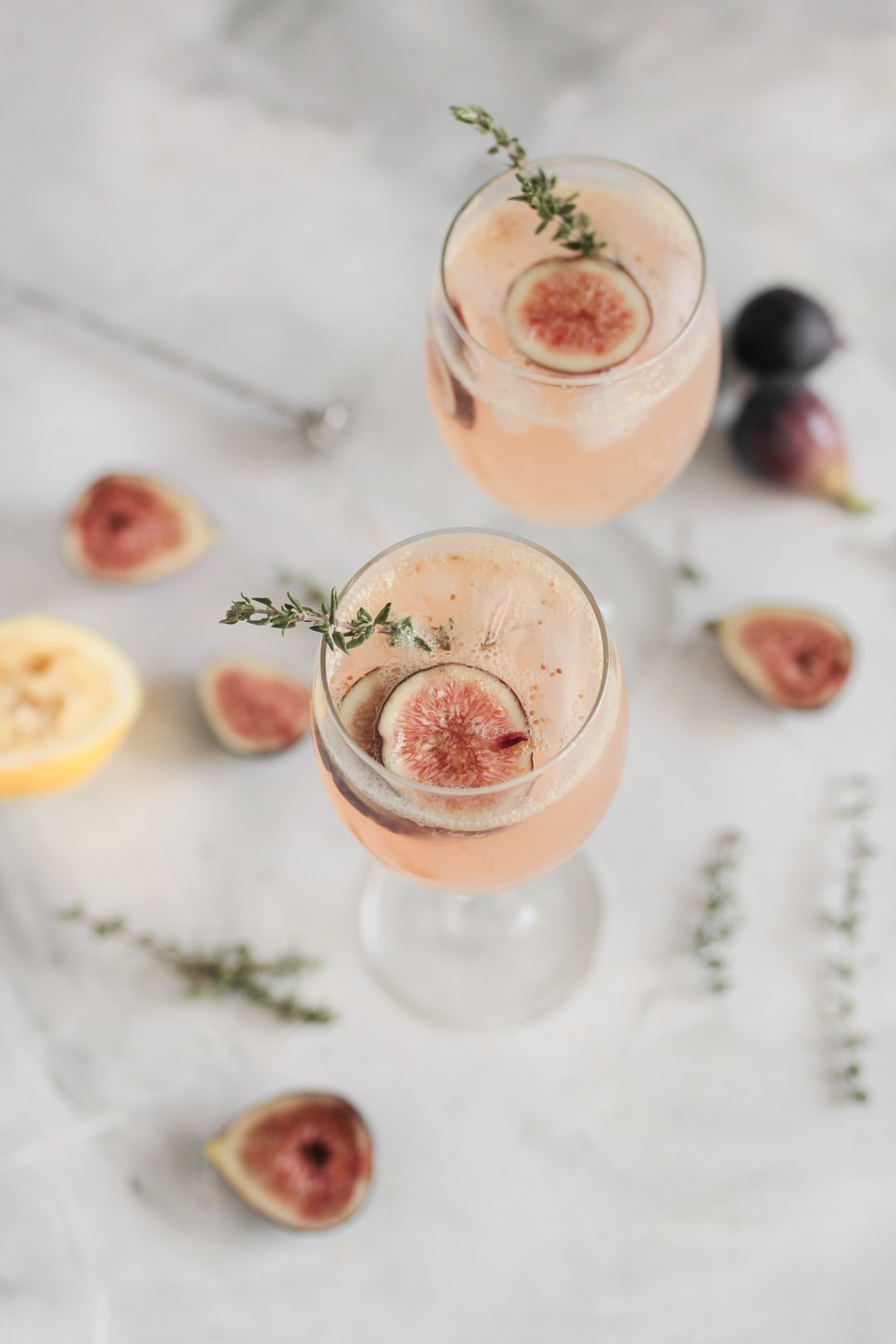 Fig and thyme spritz