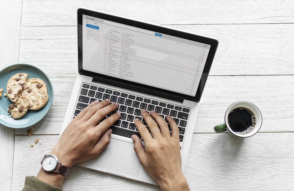 sending-email