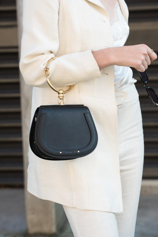 women's black leather bag