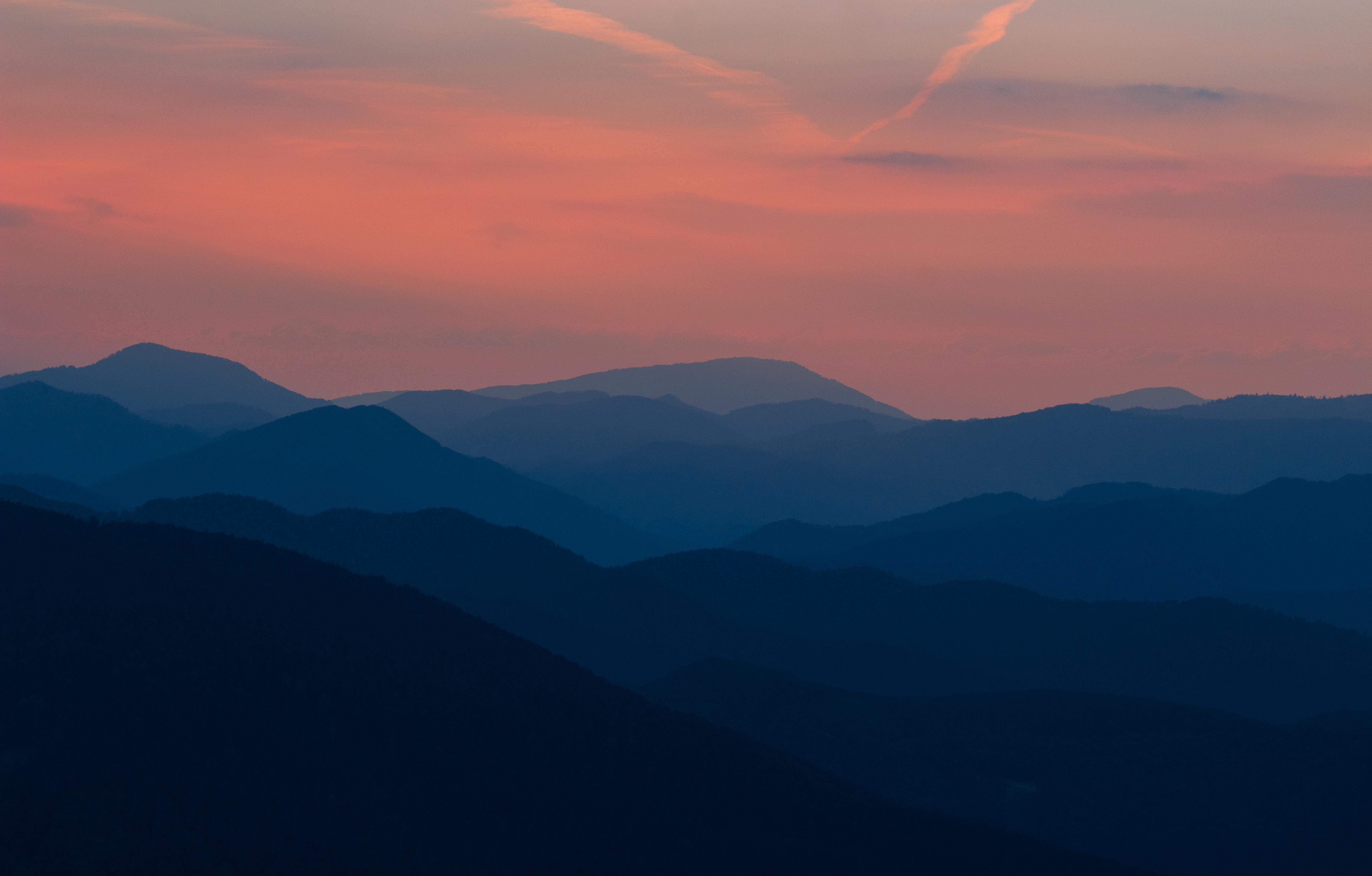 silhouette mountain wallpaper