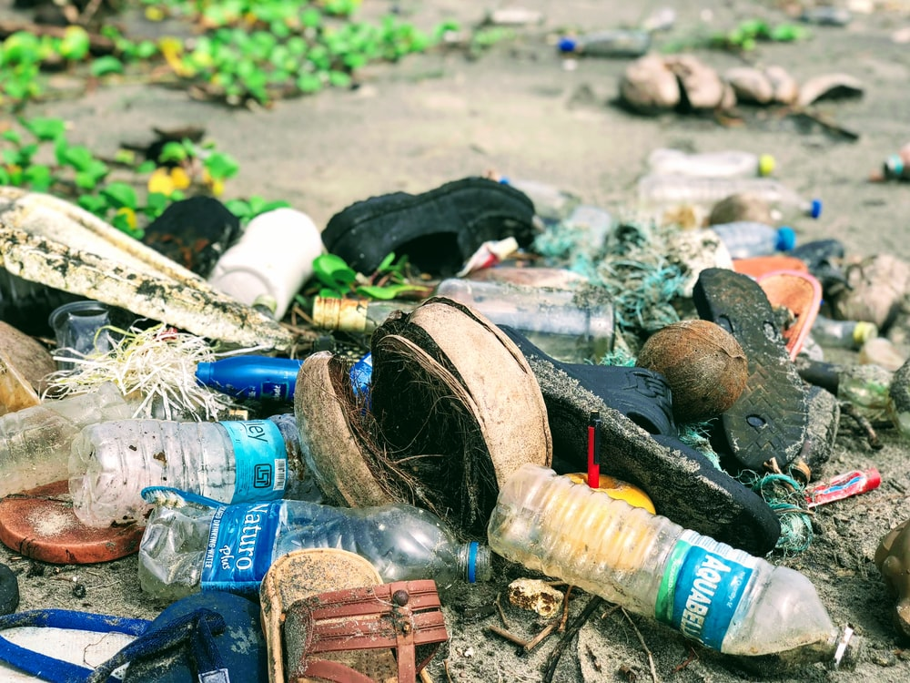 clear plastic water bottles