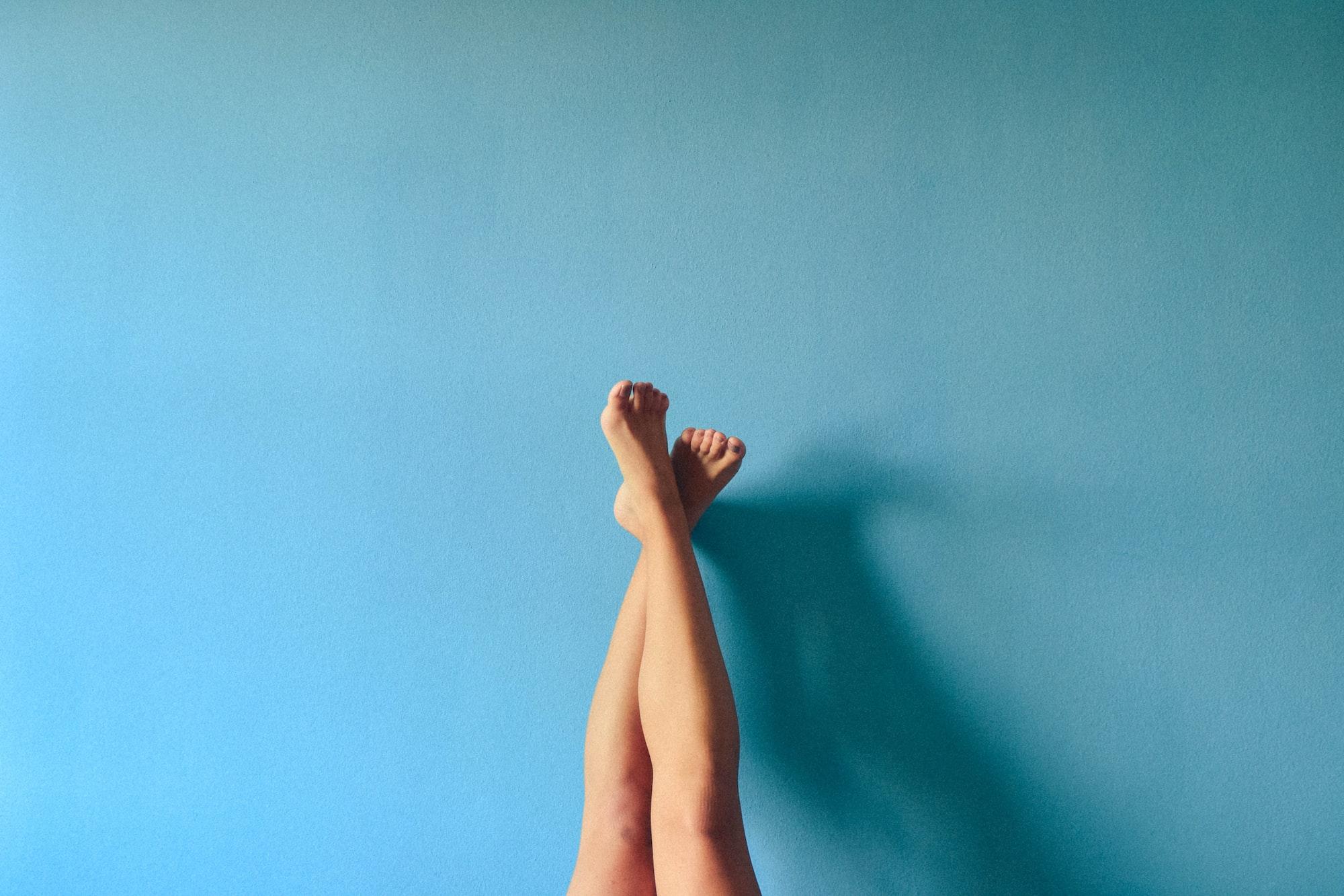 다리가 퉁퉁 붓고 핏줄이 구불 구불! [하지정맥류]를 의심하세요!