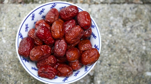 12 Benefits of eating Dates