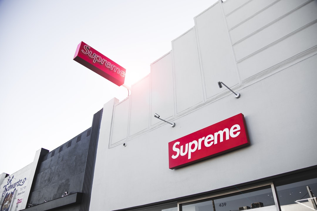 We were walking down Fairfax checking out the shops, it was just before sunset. I arrived at the Supreme store and looked up to admire the signs. The sun was just appearing over the roof and hitting one of the signs perfectly, so I had to snap a picture.
