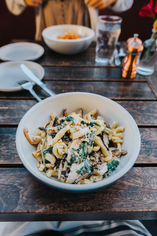 pasta on white bowl
