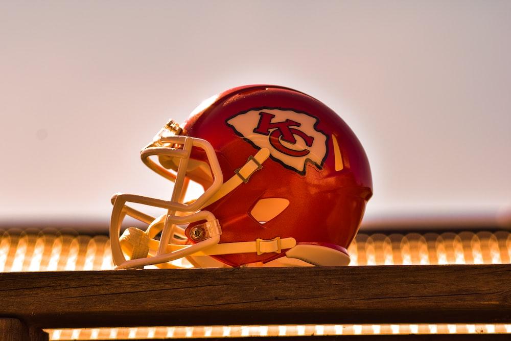 red Kansas City Chiefs helmet