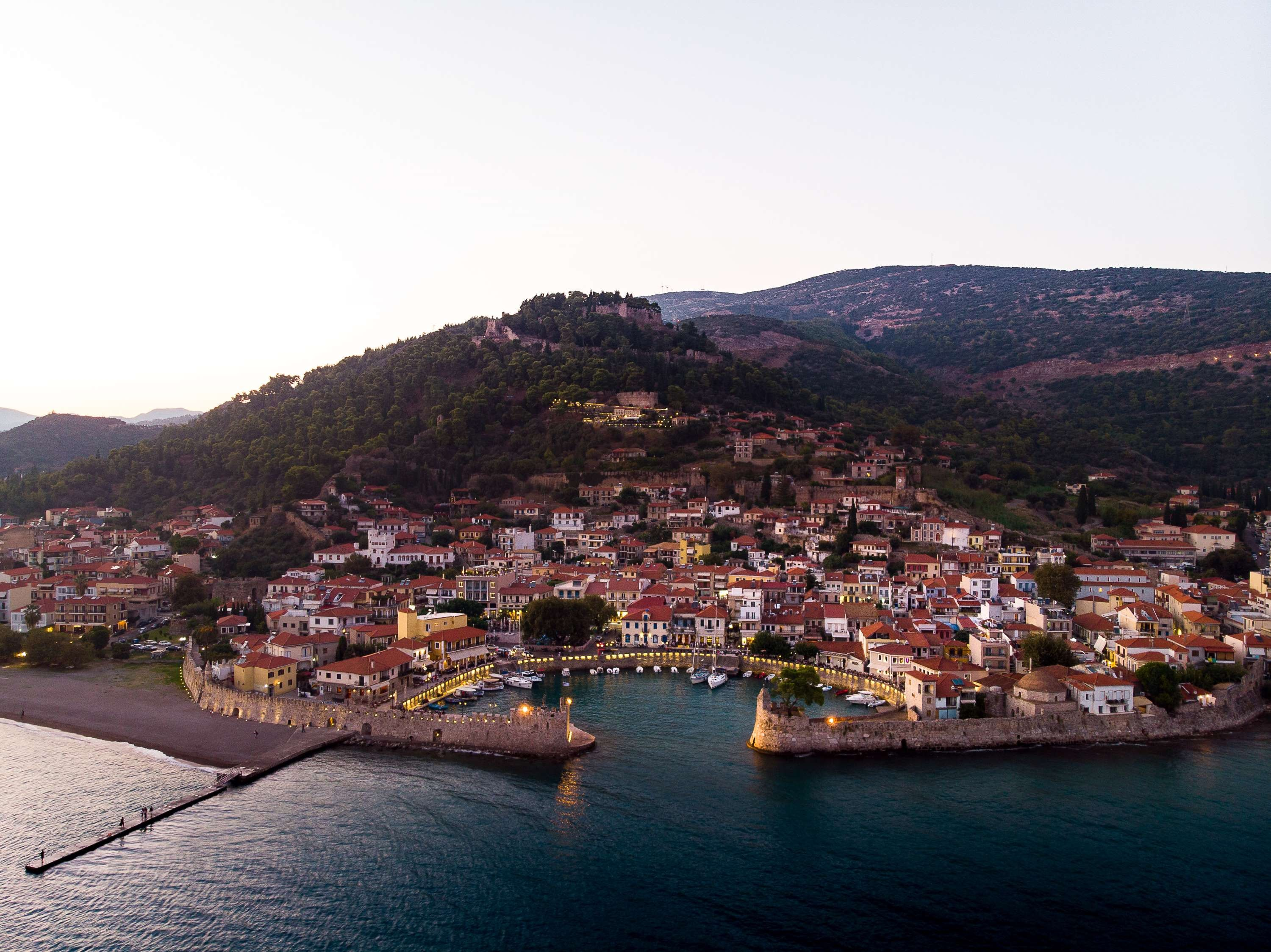 panoramic photography of buildings near body of water