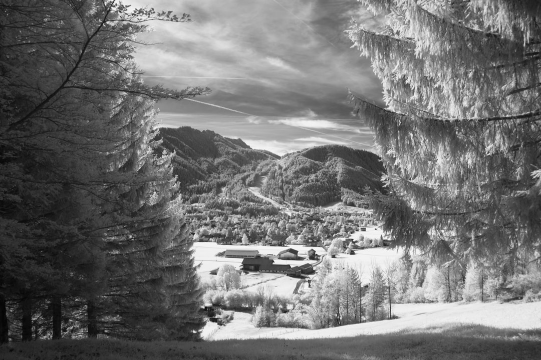 The beautiful nature around Oberammergau ..... with my infra red camera I can make the most beautiful pictures. It is also a great hobby to do on holiday.