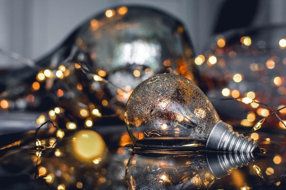 close-up photo of light broken bulbs