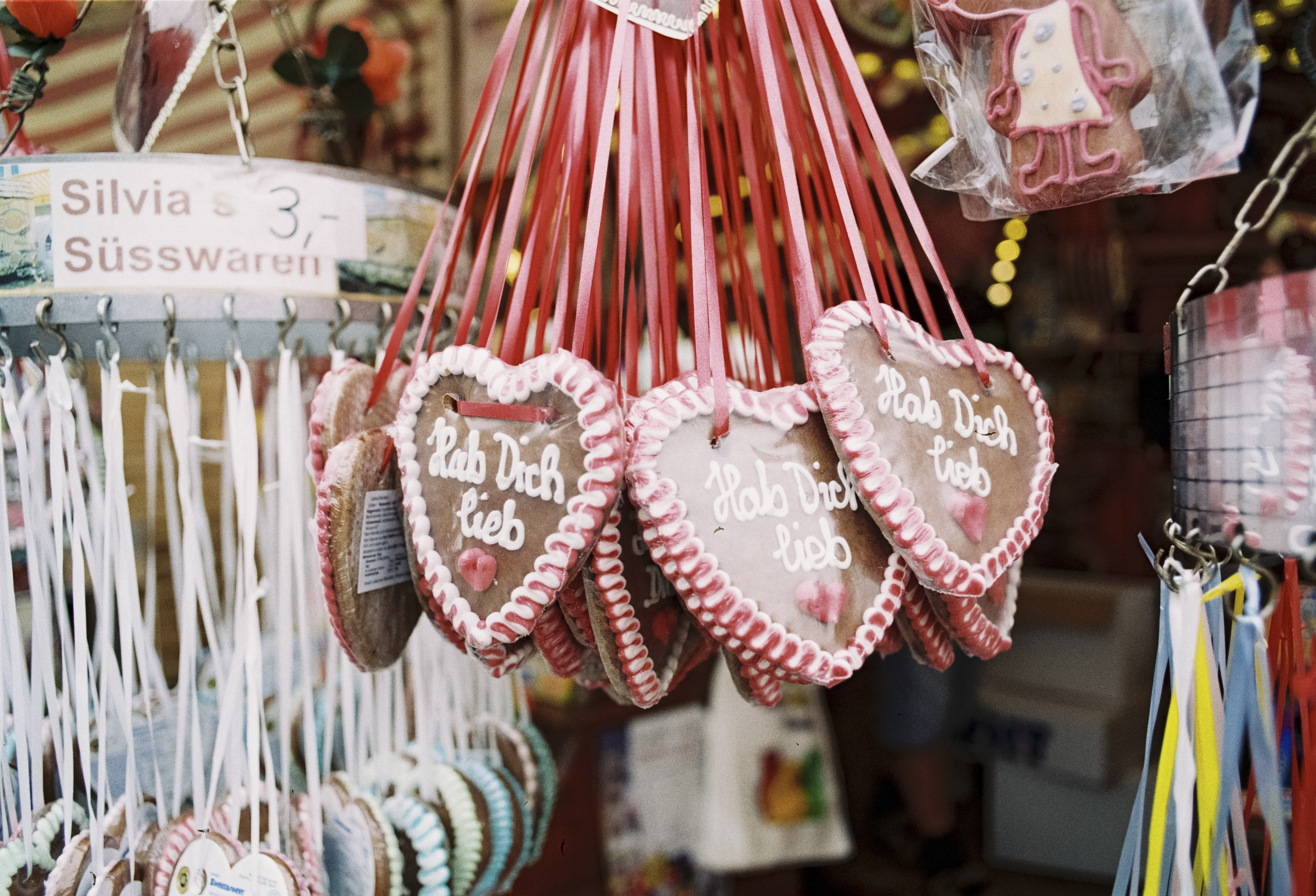 hanged red-and-brown heart decors