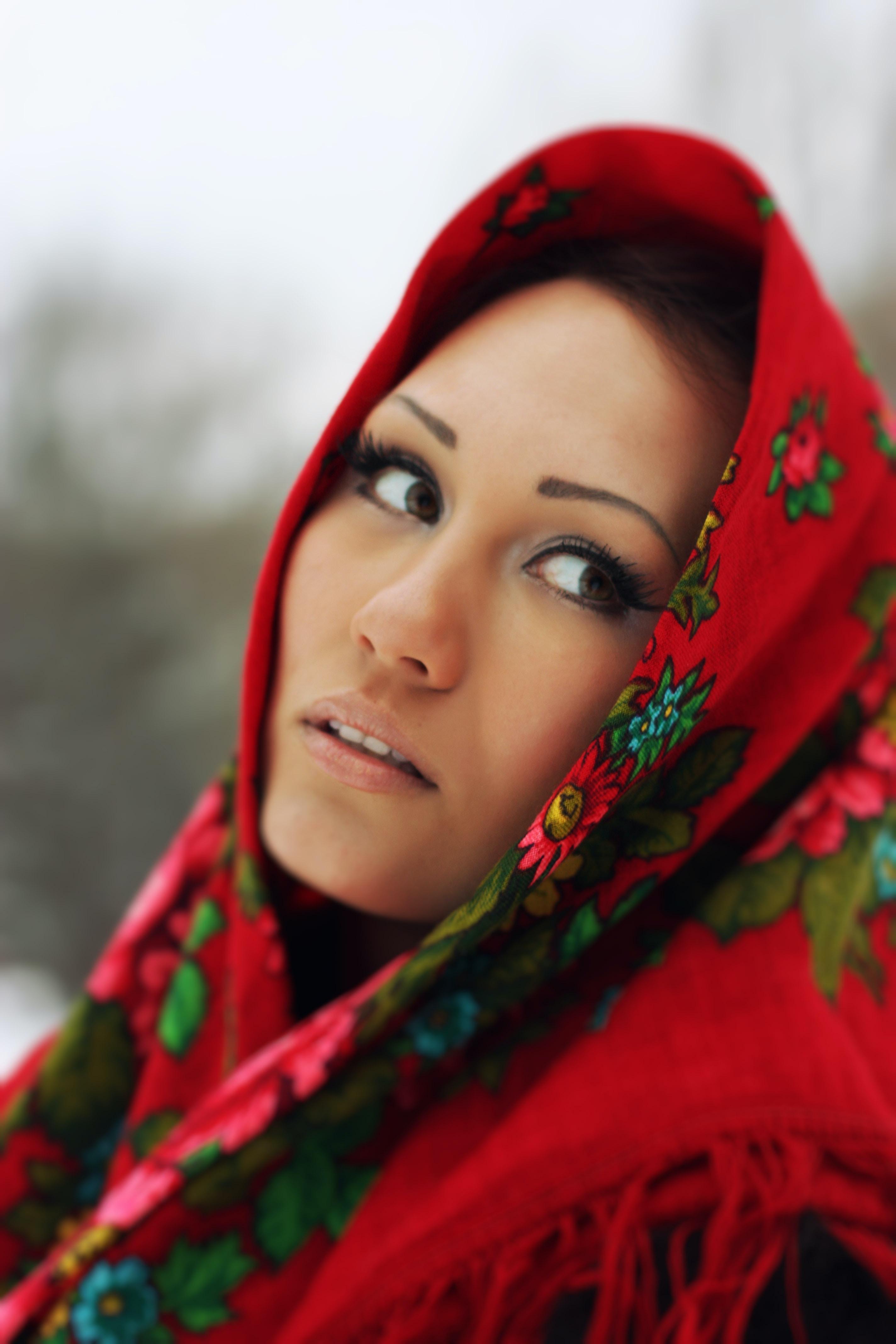 woman's facing sideways