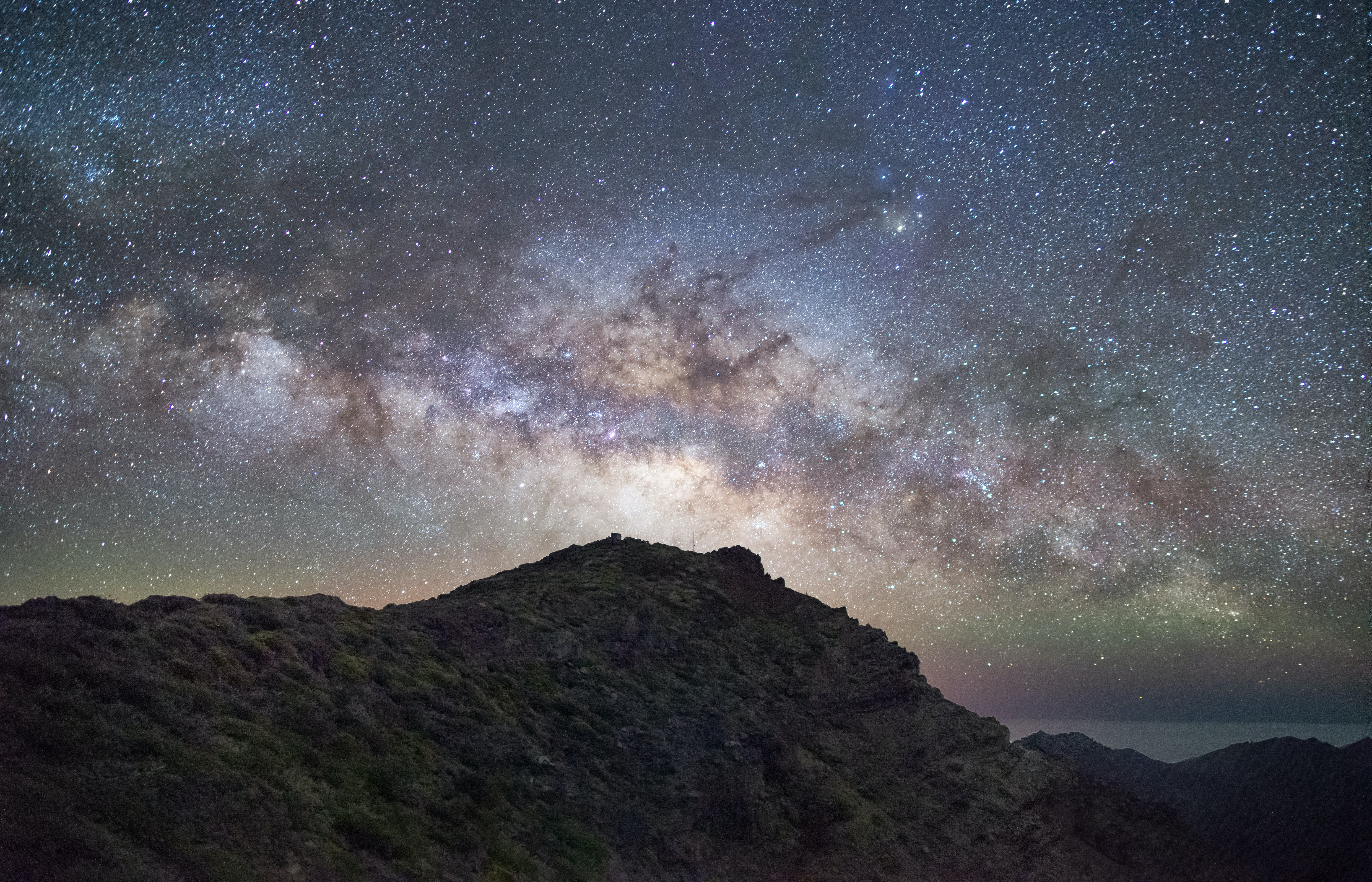 milky way on mountain