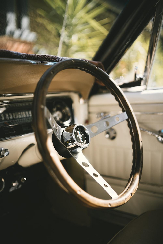 brown car steering wheel during daytime