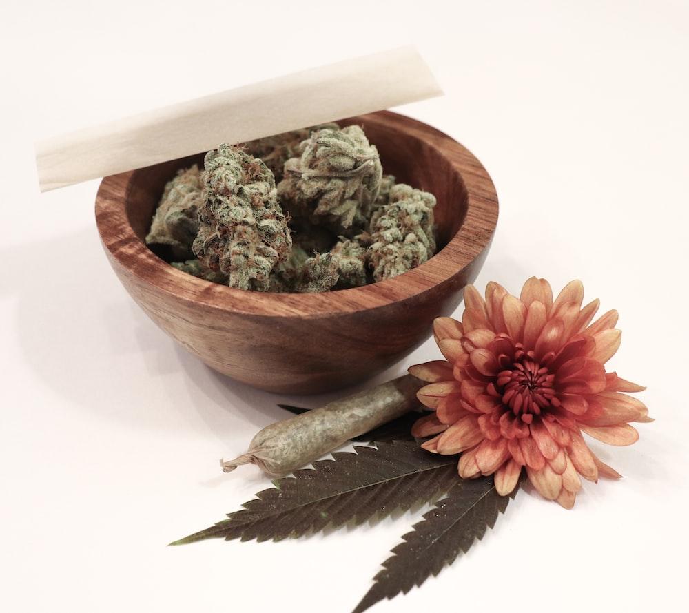 flower and kush on bowl