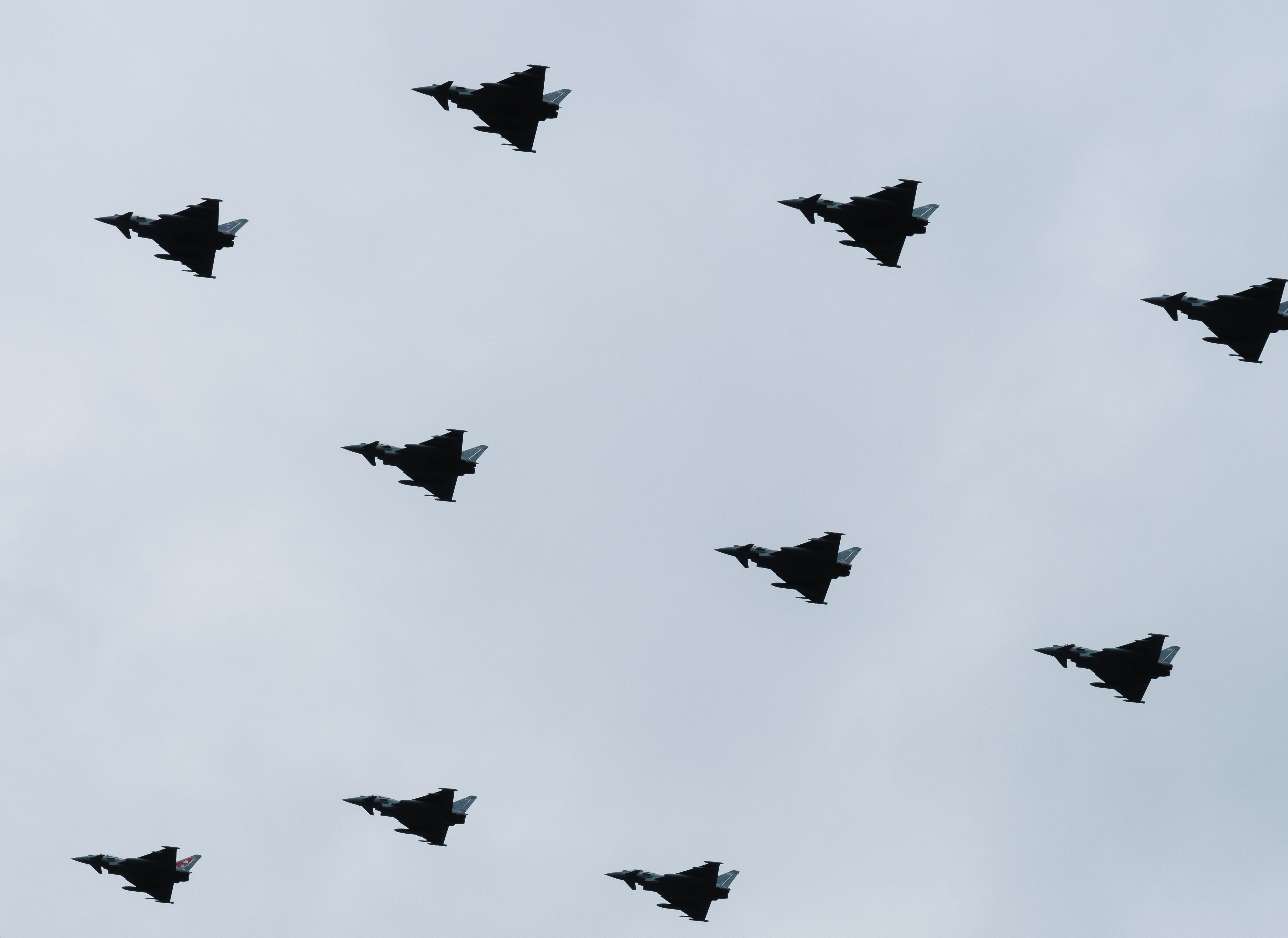 fighter planes on flight