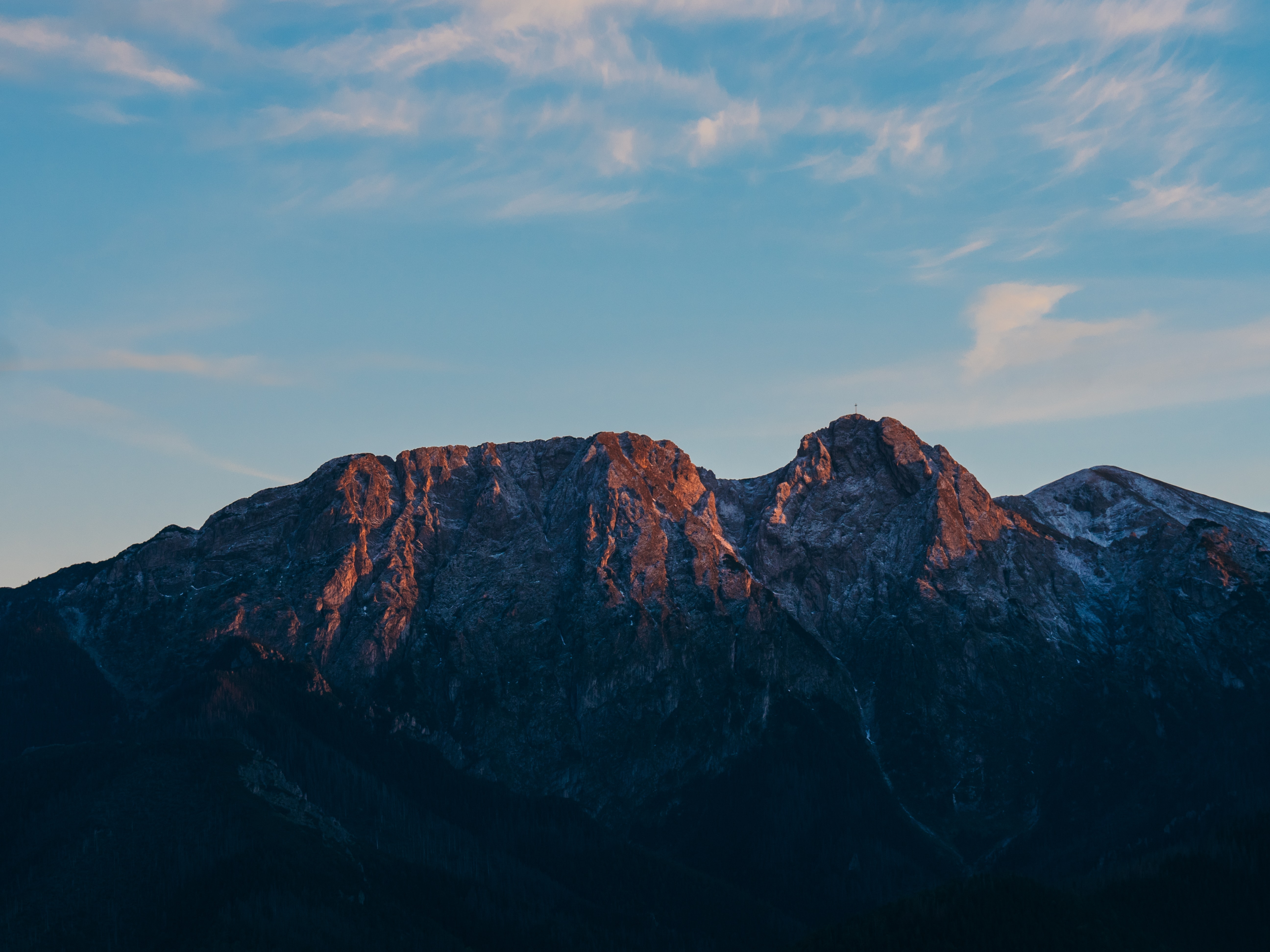 mountain under blue sky