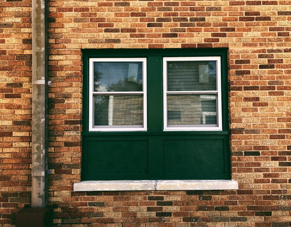 closed green window