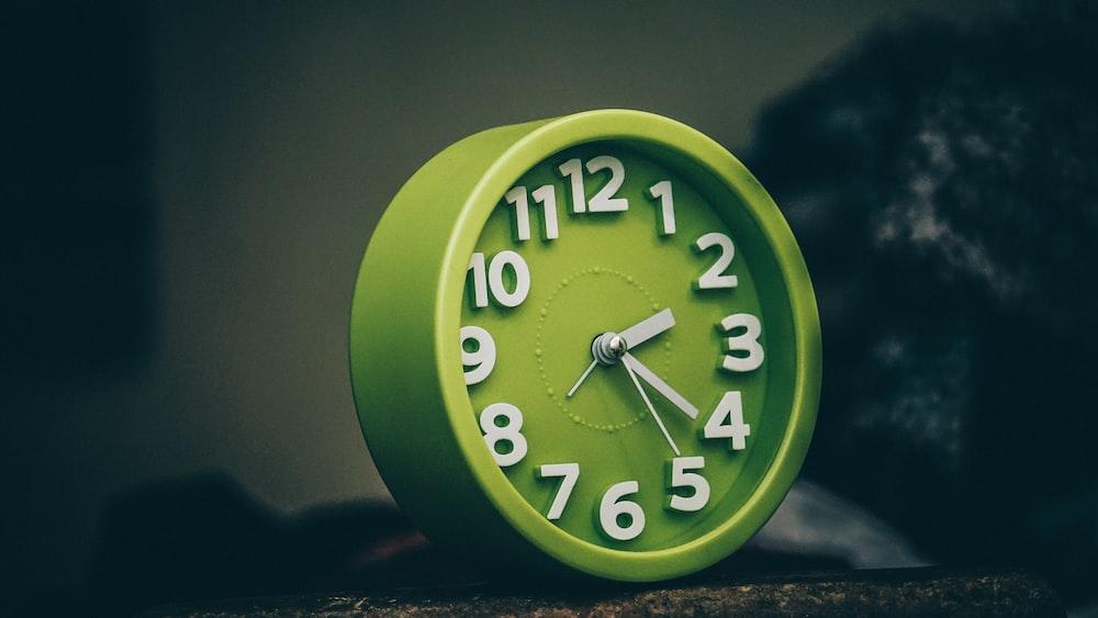 round green clock