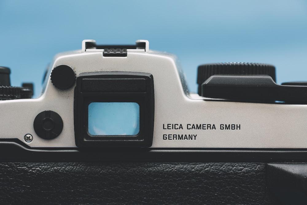 gray and black Leica Camera in closeup photogra[hy