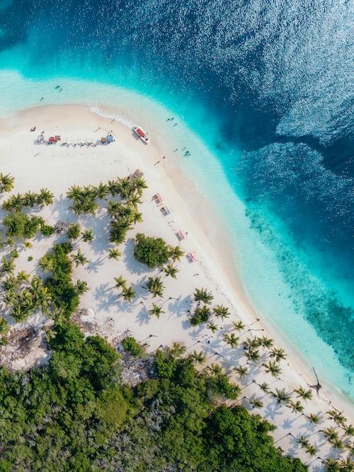 Lily beach in Maldives