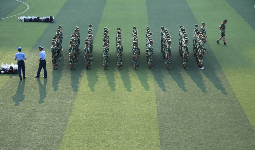 platoon of soldier on field